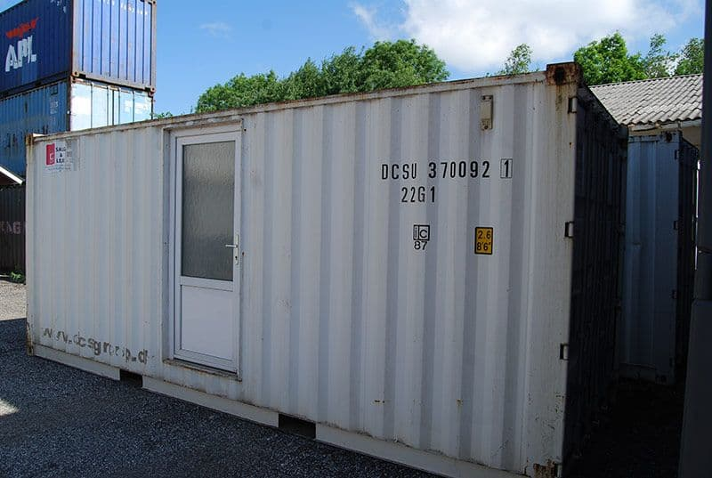Toilet og bad container, 2081 - Middel stand